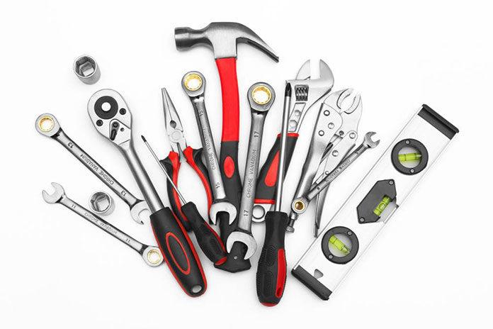 Ręczne narzędzia warsztatowe – wybór i przechowywanie
