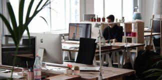 Metalowe biurko do domu lub pracy